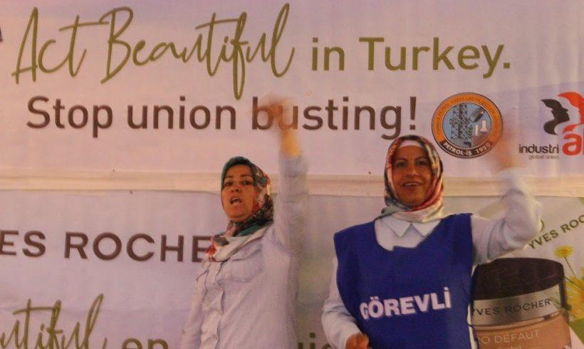 Sosyal Haklar Derneği'nden Kadınlar da Direnişteki Flormar İşçilerine Destek için Flormarı Boykot Ediyor
